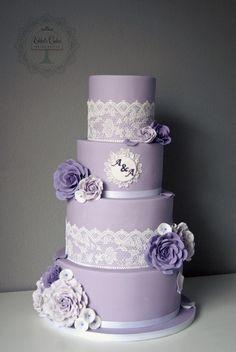 Свадебный торт #розы #Сиреневый #фиолетовый #кружева #Spitze #WeddingCake #Hochzeitstorte #lace #lila #rose #torte # cake