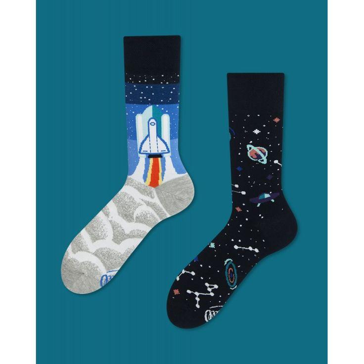skarpetki w kosmos Many Mornings Space Trip socks oddsocks - polscy projektanci / polish designers - elska.pl
