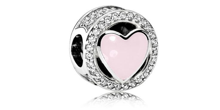 The Official Pandora Jewelry Website. Our jewelry collections come in sterling silver, 14k solid gold, and two-tone.