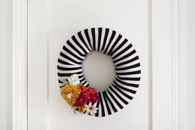 after Christmas wreath?!  Loving it!!: Christmas Wreaths, Spring Flower, Diy'S Christmas, Black And White, Diy'S Wreaths, Old Shirts, Crafts Idea, Front Doors Wreaths, Spring Wreaths