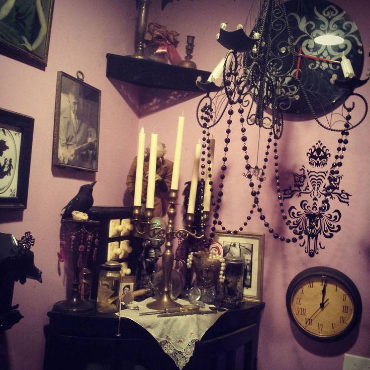 Best 25+ Gothic Home Decor Ideas On Pinterest