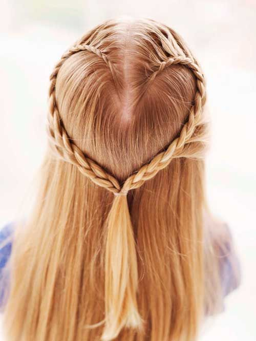 heart-shaped French braid. I don't know that I'd ever do this, but it's kinda cute!