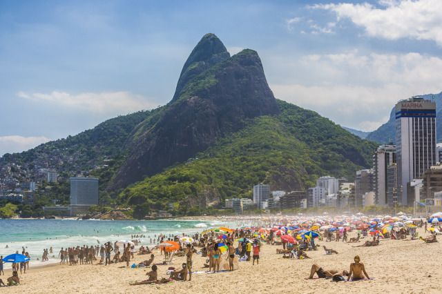 (PHOTO: Stuart Dee via Getty Images)  City breaks that are better in winter than summer:  Rio de Janeiro (As winter hits the Northern Hemisphere, the Southern Hemisphere basks in glorious heat and sunshine making it a great time to visit the beach city of Rio de Janeiro. To see it at its best you'll want to wait until the temperatures start to drop here in the UK as the colder it gets here, the hotter it is in Brazil. As our winter begins, Rio comes alive, with people flocking to the...)