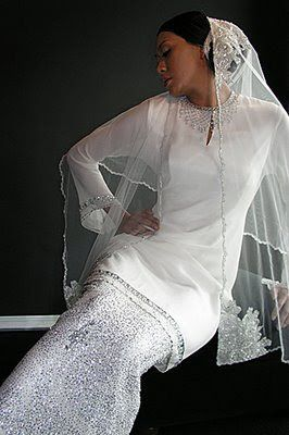 1.bp.blogspot.com _QMcXvwITyuU Svy9Y4XrslI AAAAAAAAAcA -4OcTNElDA4 s400 baju+tunang.jpg