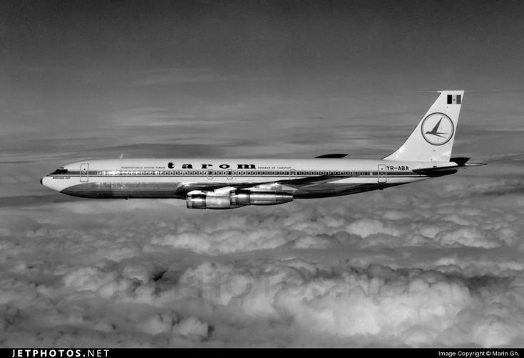 Tarom Romanian Airlines Boeing 707-3K1C