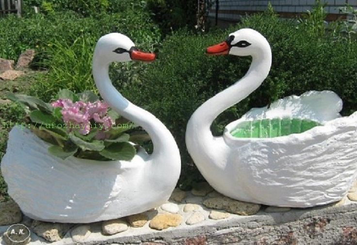 Кашпо лебедь из гипса
