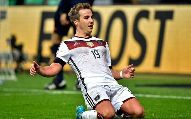 Germany move top of Euro 2016 qualifying group