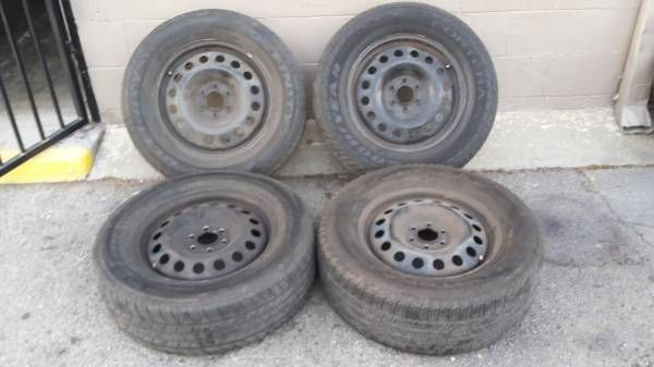 Chevy Uplander wheels and tires. 6 on 115. fits cadillac and pontiac