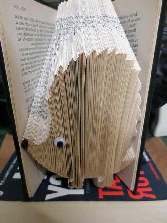 livres pliés, hérisson fait par le pliage de livre