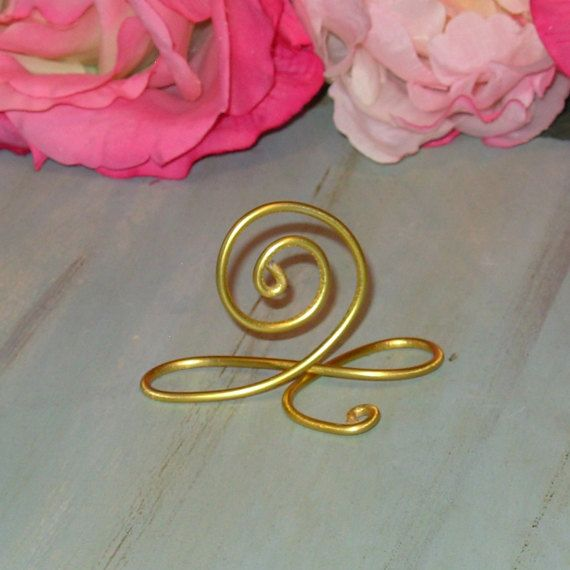 50 Gold Wire Name Place Cards, or Wire Table Number Holders, Gold Wire infinity Bow Table Number Holders or Stands