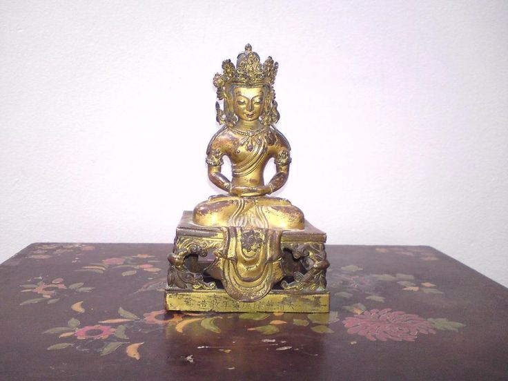 Antique Chinese Qing Qianlong Gilt & Pigments Bronze Buddha Figure of Amitayus
