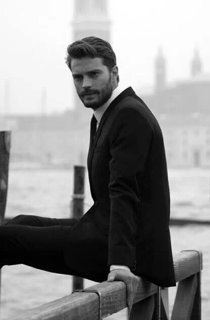 Jamie Dornan as Christian Grey...interesante pero no es el que imaginaba.
