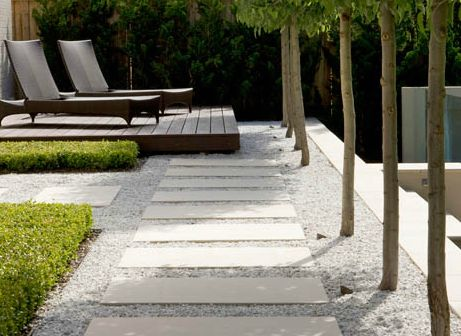 gorgeous pale gravelled garden lounging area by Peter Fudge
