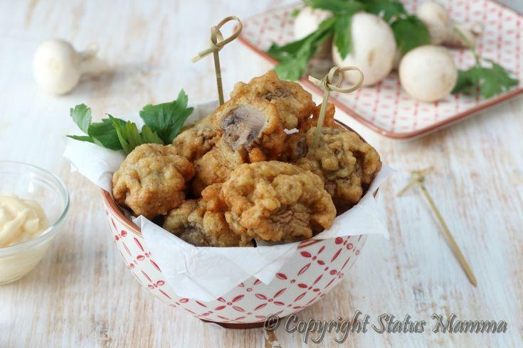 Facili e sfiziosi i Funghi in pastella di pane si preparano in pochi e semplici passaggi e si mangiano ancora caldi in un sol boccone.