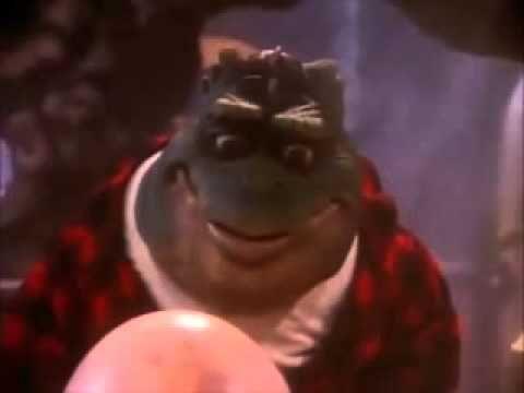 Dinosaurios Español Latino - Nacimiento del Bebé Sinclair