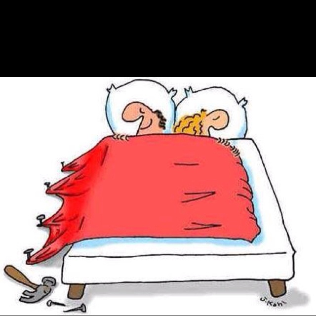 Lol!!!! I love stealing the covers!Beds Covers, Laugh, Funny Pics, Funny Pictures, Funnypictures, Future Husband, Funny Cartoons, Funny Stuff, Humor
