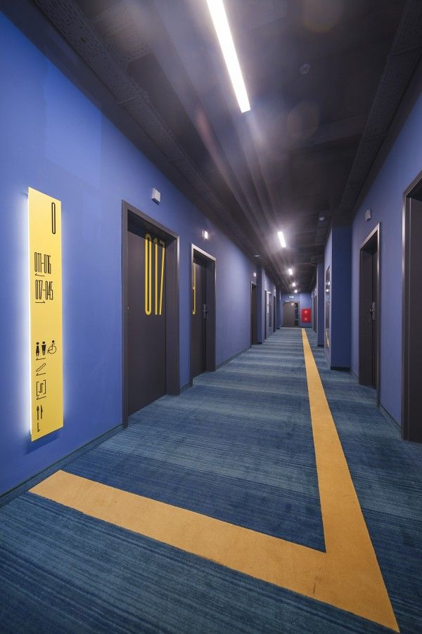 INTERIOR DESIGN OF HOTEL / Tobaco Hotel - lobby and reception by EC-5 Architects / Lodz Poland