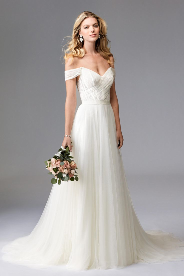 Romantic Wedding gown | @BridalPulse Wedding Dress Gallery | Wtoo Brides Fall 2016 | Floor Ivory A-Line Sweetheart $$ ($1,001-2,000)