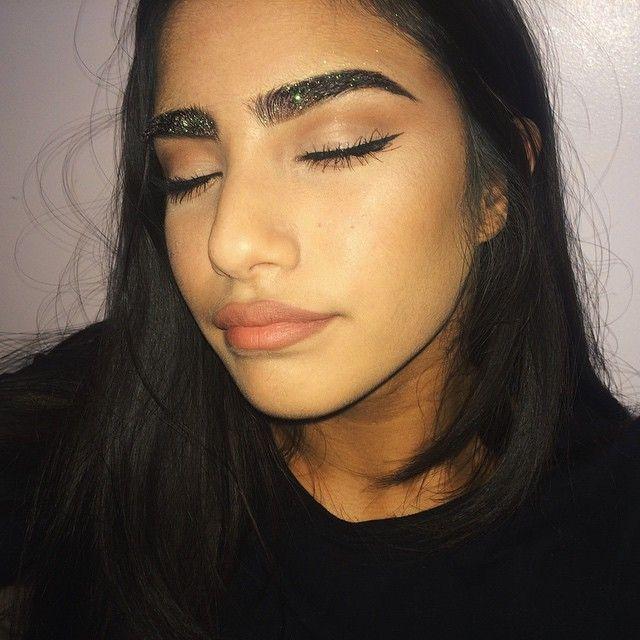 glitter brows :D