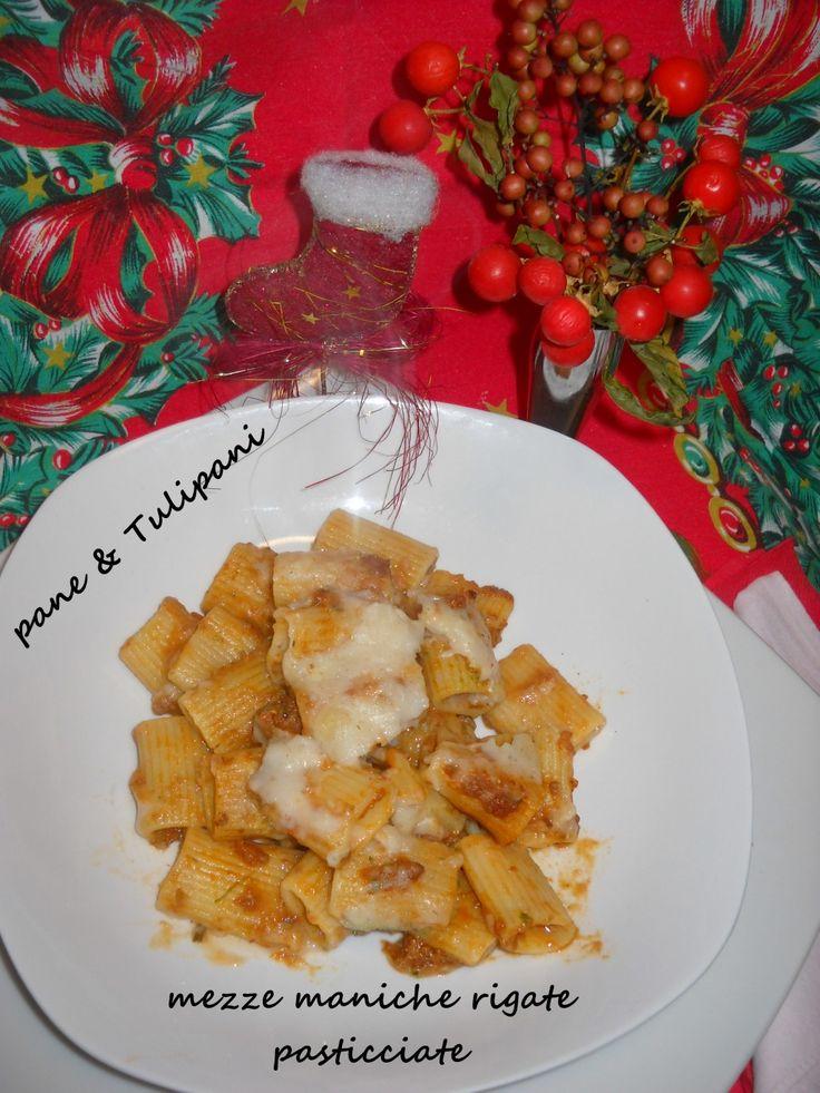 MEZZE MANICHE RIGATE PASTICCIATE http://blog.cookaround.com/vincenzina52/mezze-maniche-rigate-pasticciate/
