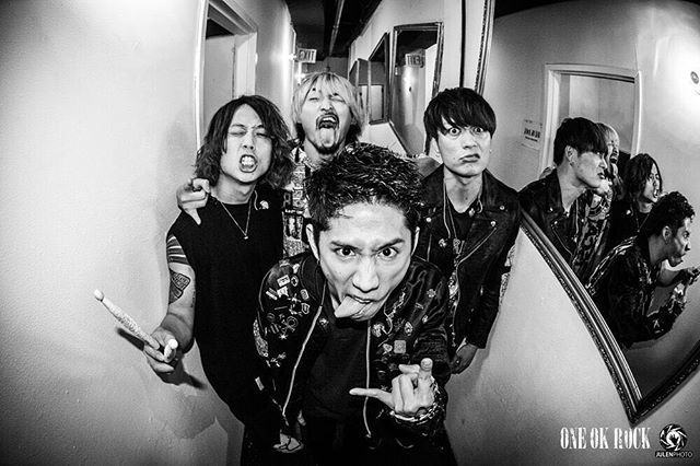 The first show is done!! :) We had a great time!! Thank you for coming tonight☺︎ 初日終わり!! 明日はオフ☺︎ Photo by @julenphoto  #NYC