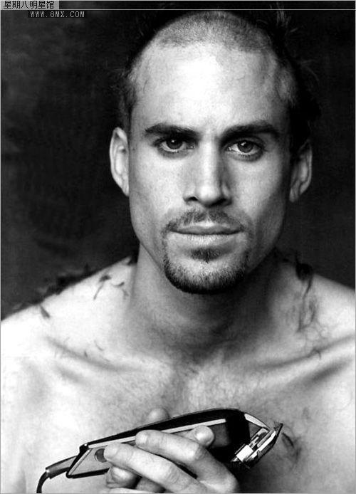 joseph fiennes sooo in love with this man. BRILLIANT actor
