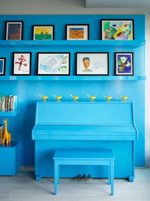 blue piano + art wall: Blue Interiors, The Piano, Blue Wall, Bohemian Apartment, Blue Piano, Paintings Piano, Old Piano, Kids Art, Music Rooms