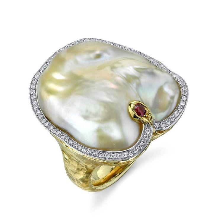Ikecho Pearl Ring with Ruby by Jorge Adeler. - Australian Pearl Jewellery Brand 'Ikecho Pearls' is a leading Pearl Jewellery Company, showcasing the world's finest quality pearls, specializing in Mabe Pearl, Tahitian Pearl, Akoya Pearl, Freshwater Pearl and South Sea Pearl Jewelry.