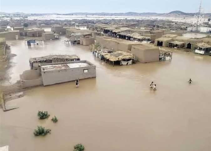 انهيار سد بوط يهدد بنزوح كبير تدمير أكثر من 600 منزل بأحياء المدينة Https Wp Me Pbwkda Hyb اخبار السودان الان من كل المصادر Sudan Sud In 2020 Structures Road