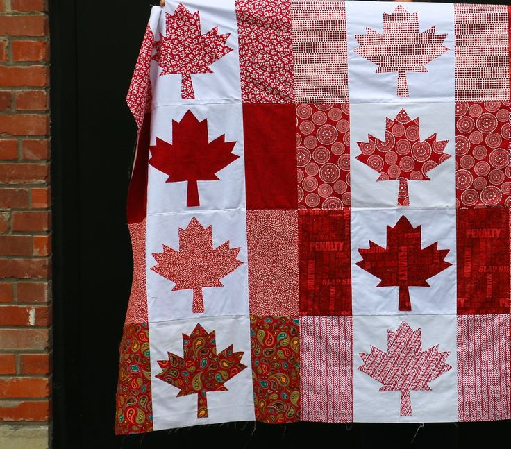 Dining Room Empire: Oh Canada Quilt - In Red
