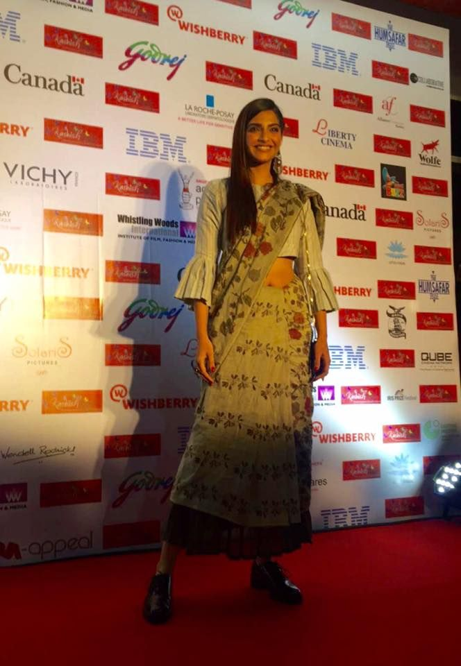 Sonam Kapoor in Her Worst Outfit