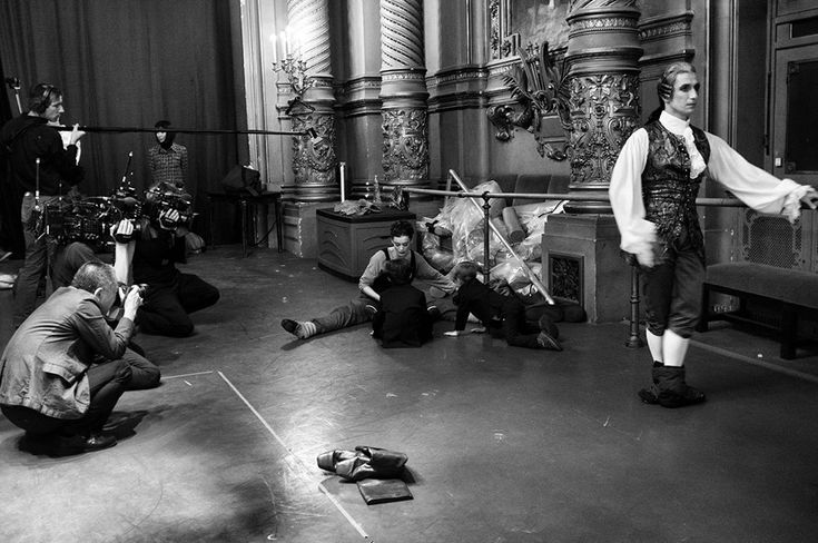 yoiness:  Pierre-Elie de Pibrac  Dans les coulisses des Adieux dAurélie Dupont    Ballet de lOpéra de Paris #AurelieDupont #Manon  #HistoiredeManon #adieux #OperaGarnier #InSitu #coulisses #etoile Aurélie Dupont
