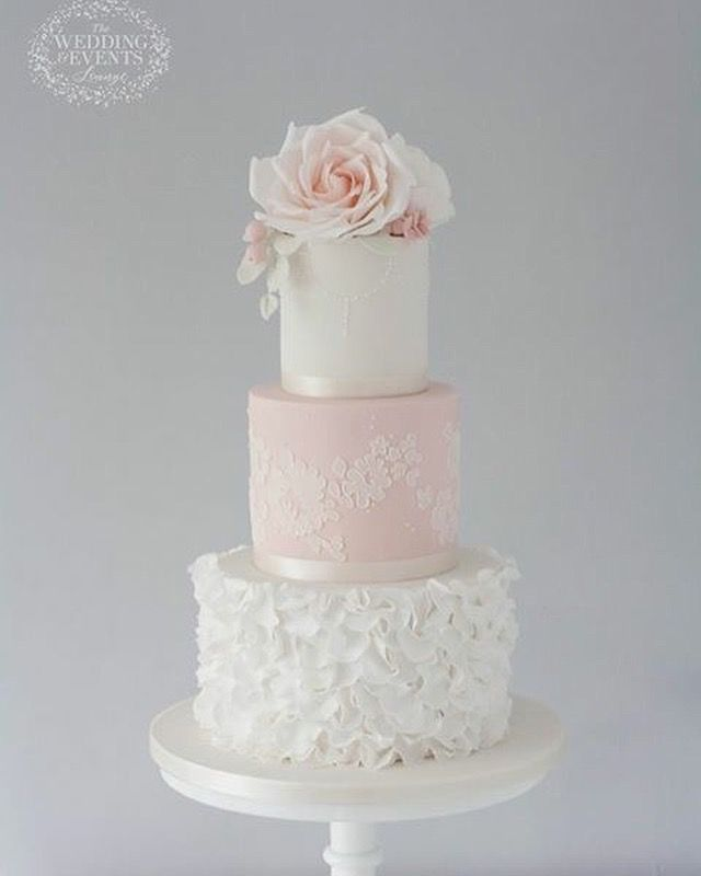 contemporary wedding cakes 33 best modern wedding cake inspiration images on 12917