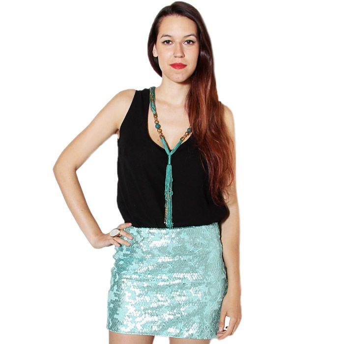 Falda de lentejuelas en color verde agua.