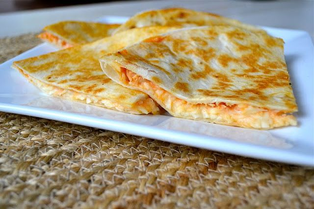 No, No,  you didn't miss the memo that its Buffalo Chicken theme week, its not.  I really hate posting two similar recipes in a row but as I was deciding what to whip up for Mr. Mother Thyme and I today I decided to make Buffalo Chicken Quesadilla.  The intent was merely to make for …