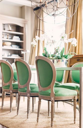 Who said one tone wasn't chic? lovely! #green #homedecor #dining J. Wheeler Designs