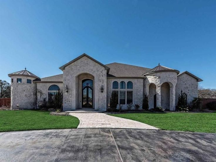 View 70 photos of this $1,199,000, 5 bed, 4.0 bath, 7300 sqft single family home located at 8021 Bending Trl, Mc Gregor, TX 76657 built in 2013. MLS # 168202.