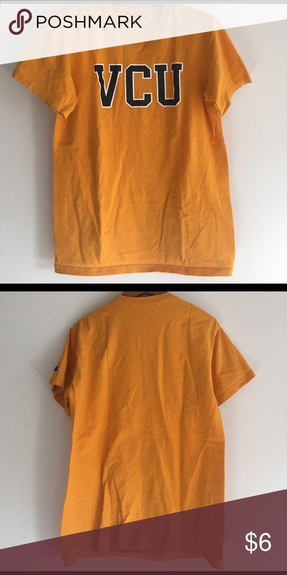 Women's Small VCU gold tee VCU (Virginia Commonwealth University) short-sleeve tee. Gold/mustard color. Tops Tees - Short Sleeve