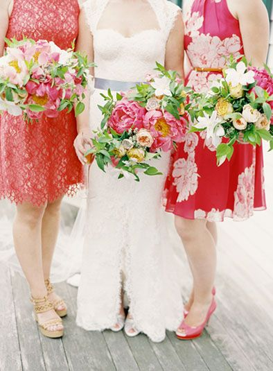 Gorgeous pops of color!  Poppies & Posies photographed by Jen Huang #bright #wedding