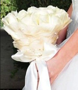 Kim Kardashians Wedding Flowers