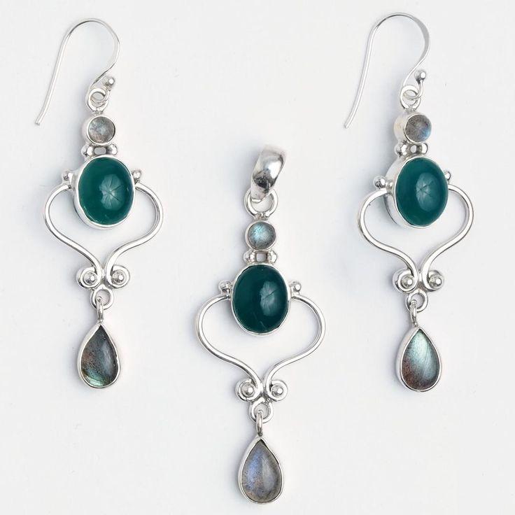 Set cercei și pandantiv Salem, argint, onix verde și labradorit, India  #metaphora #jewellery #jewelryset #silver #earrings #greenonyx #labradorite #india