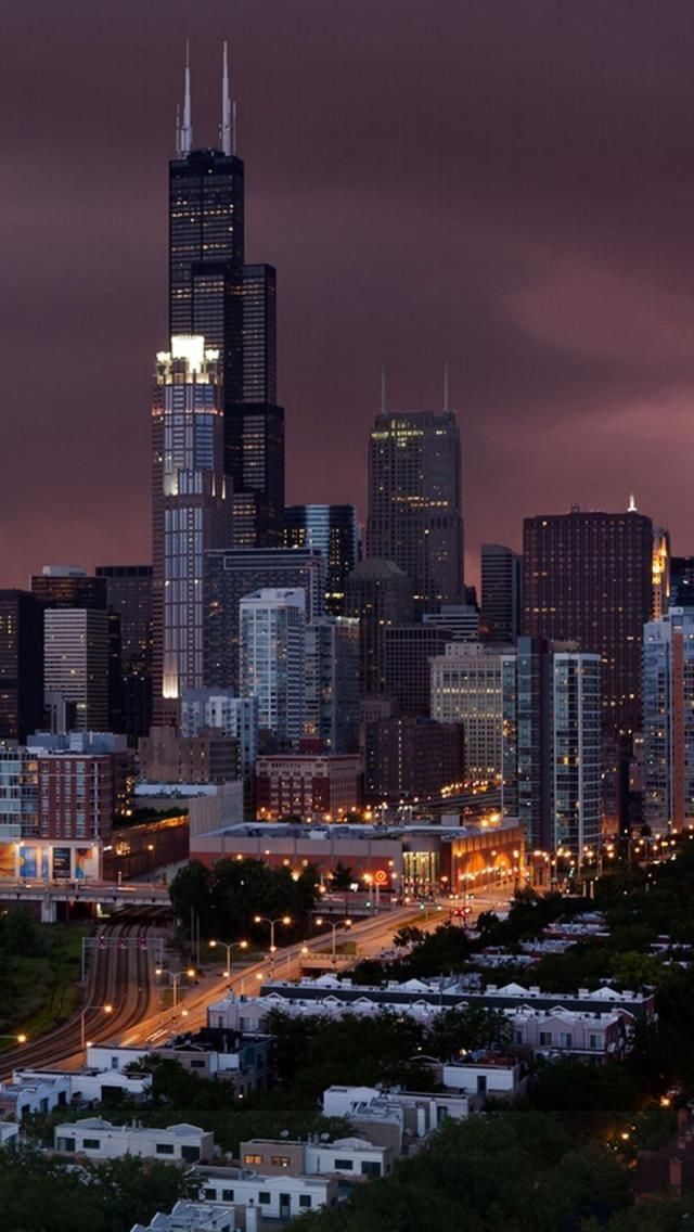 Maroon skyline, Chicago.