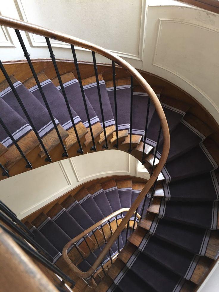 les 25 meilleures id es de la cat gorie tapis d 39 escalier. Black Bedroom Furniture Sets. Home Design Ideas