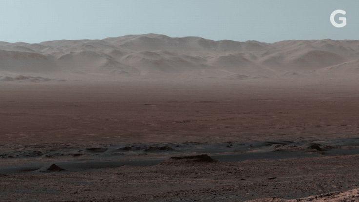 NASA's Curiosity Rover Captures Breathtaking Panorama of Martian Landscape