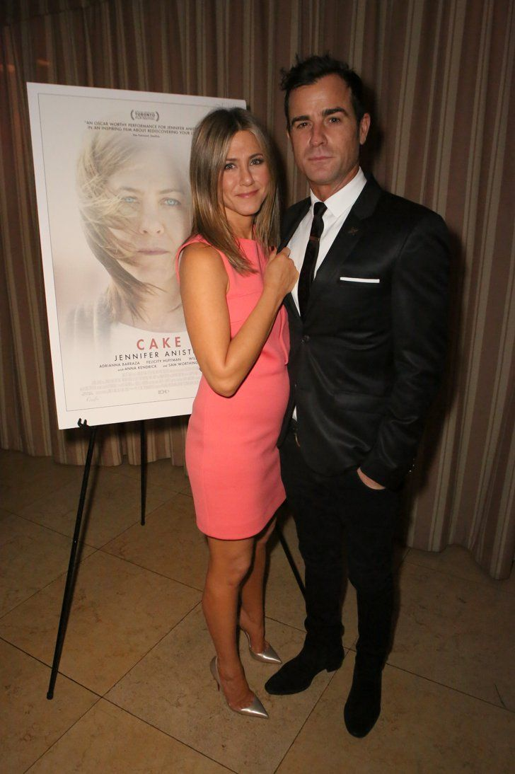 Pin for Later: The Weekend's Must-See Snaps!  Jennifer Aniston and Justin Theroux stayed close at a screening of her new film Cake in LA on Friday.