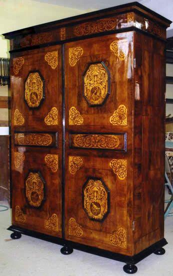 Les 25 meilleures id es de la cat gorie renaissance for Restauration meubles anciens