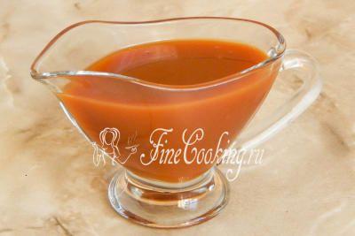 Шаг 6. Подаем карамельный соус в теплом или охлажденном виде к блинчикам, оладьям, мороженому