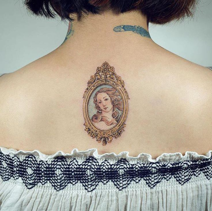 Miniature tattoos by Sol https://www.opnminded.com/2017/10/05/petits-mais-precis-les-tatouages-de-sol.html