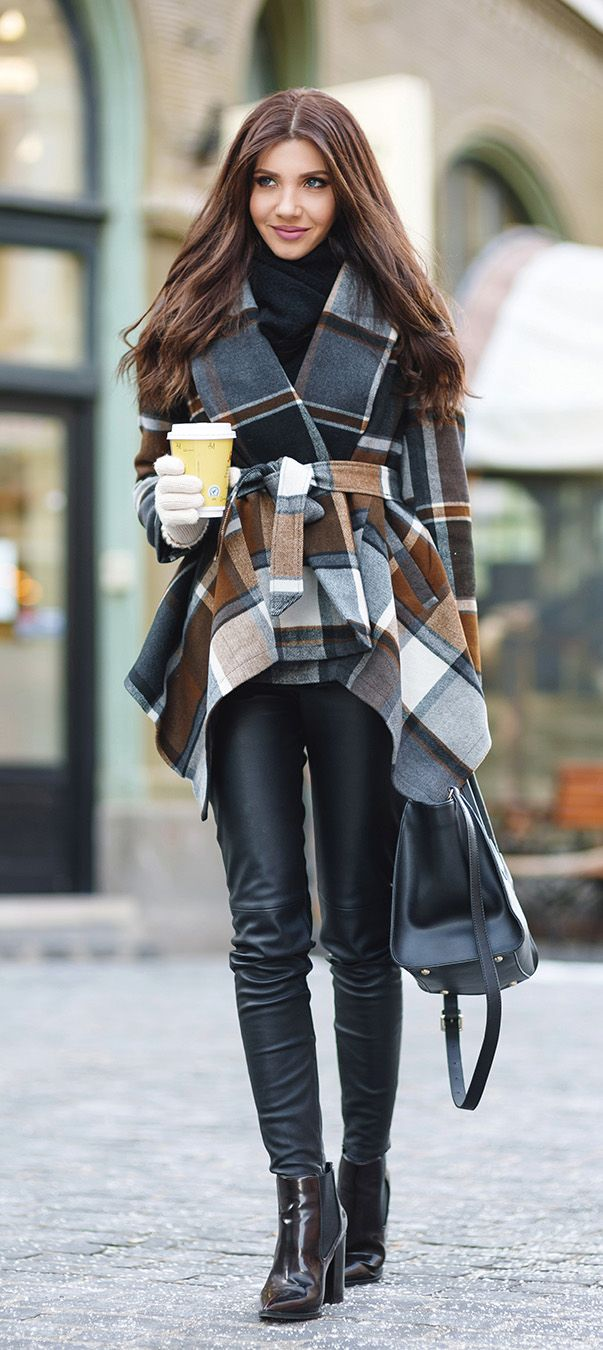 Trendy wrap shape, featuring classic tartan pattern and belted waistband, this coat represents your most cheering holiday spirit. Add a pair of boots to fresh up the day! www.chicwish.com