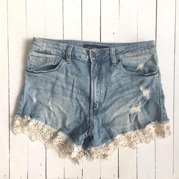"""High Waist Lace Bottom Jean Shirts Fun shorts! Fit is comparable to size 8. Flay Lay Measurements: 12"""" Length, 15"""" Waist, 3.5"""" Inseam. Excellent Condition. Just USA Shorts Jean Shorts"""